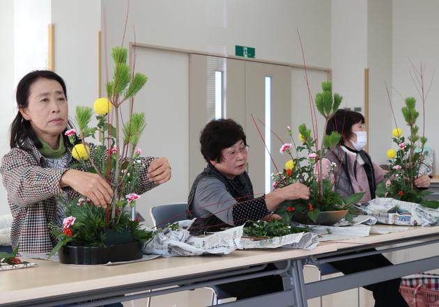 北山支部生け花教室.jpg