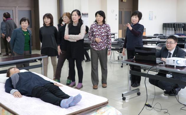 女性大学睡眠セミナー.JPG