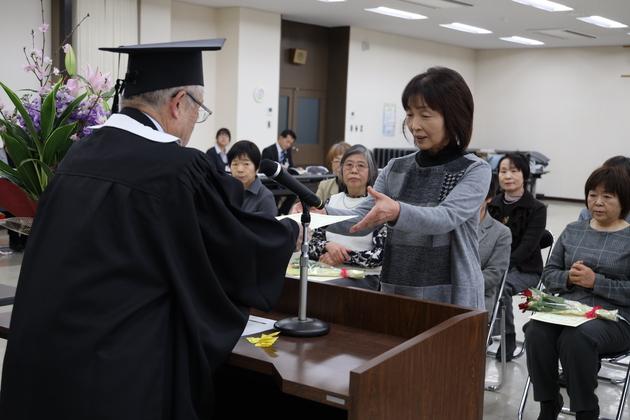 女性大学卒業式.JPG
