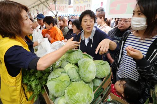 農産物販売.JPG