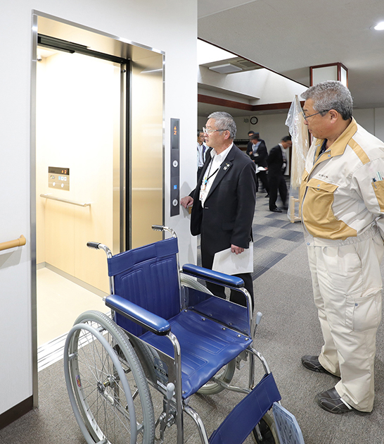 JA会館ふじみエレベーター完成.JPG
